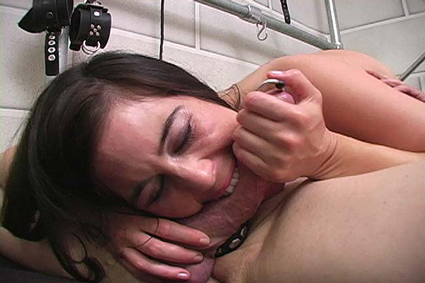 Amateur blowjob cum in mouth